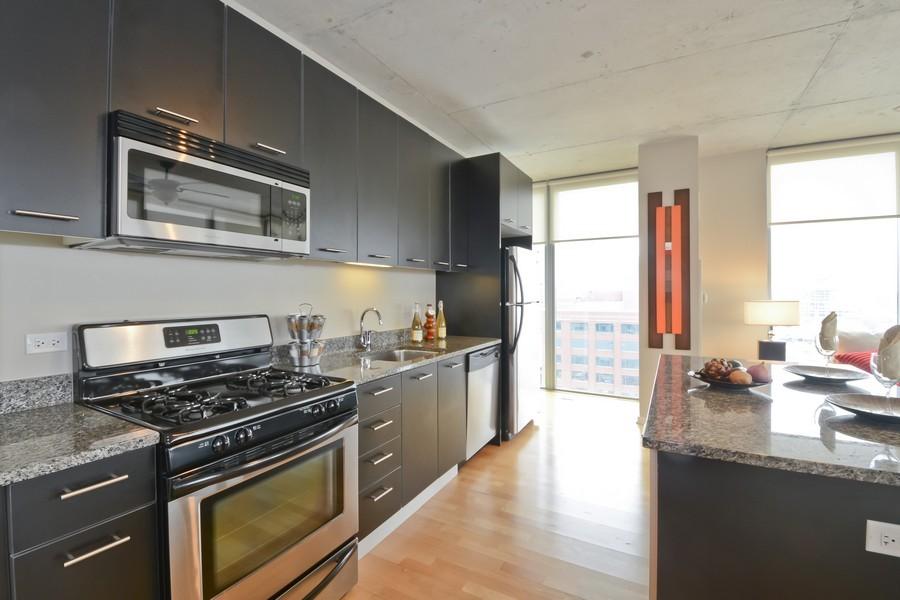 Real Estate Photography - 659 W Randolph, Unit 1013, Chicago, IL, 60661 - Kitchen