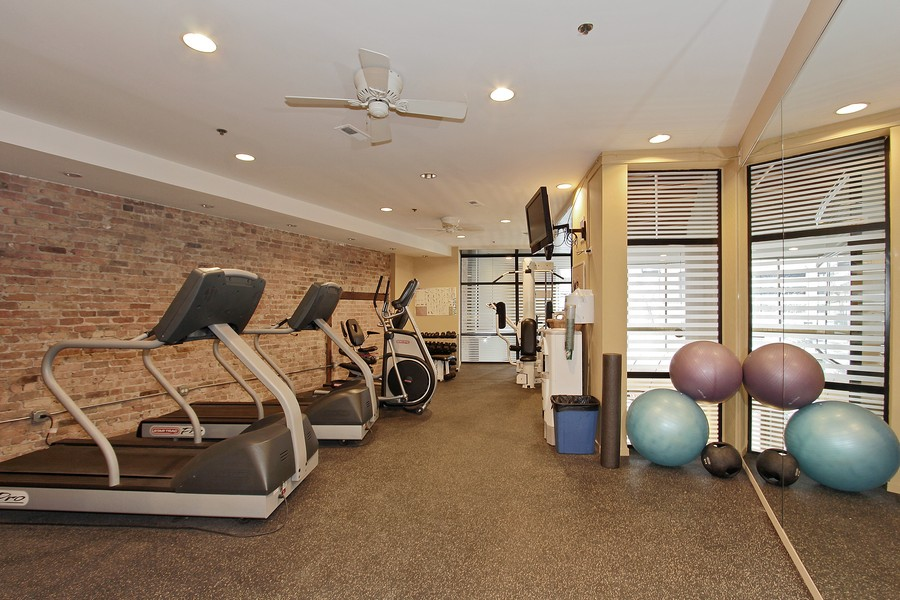 Real Estate Photography - 616 W Fulton St, Unit 219, Chicago, IL, 60661 - Fitness Room