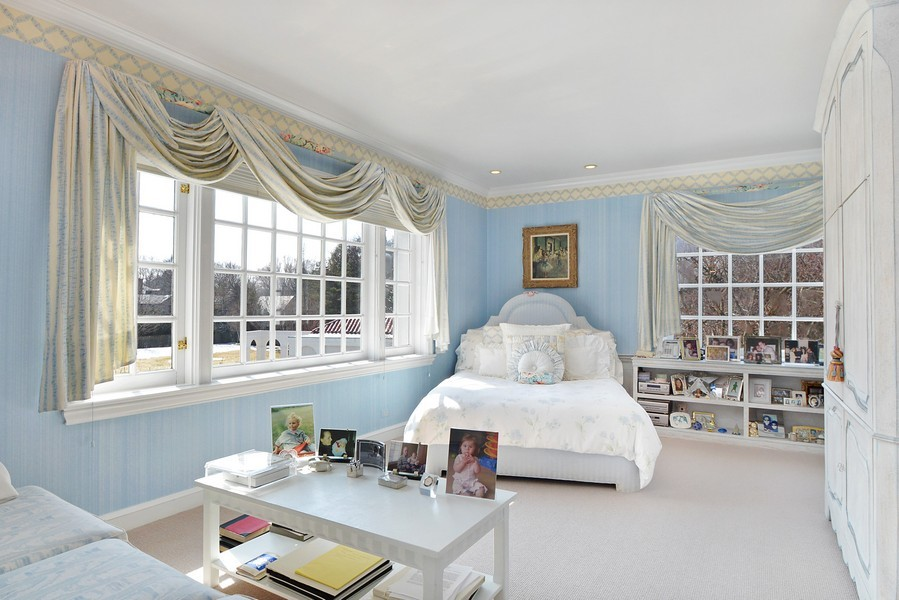 Real Estate Photography - 80 Locust Rd, Winnetka, IL, 60093 - 2nd Bedroom