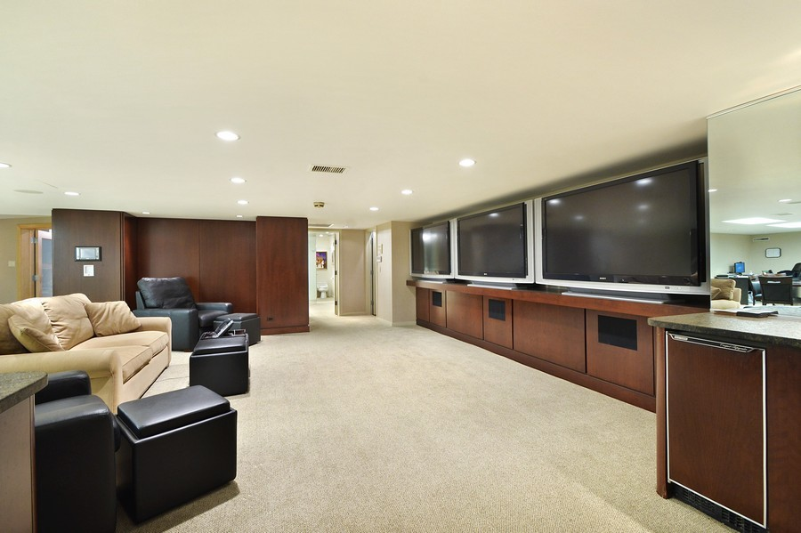 Real Estate Photography - 80 Locust Rd, Winnetka, IL, 60093 - Lower Level
