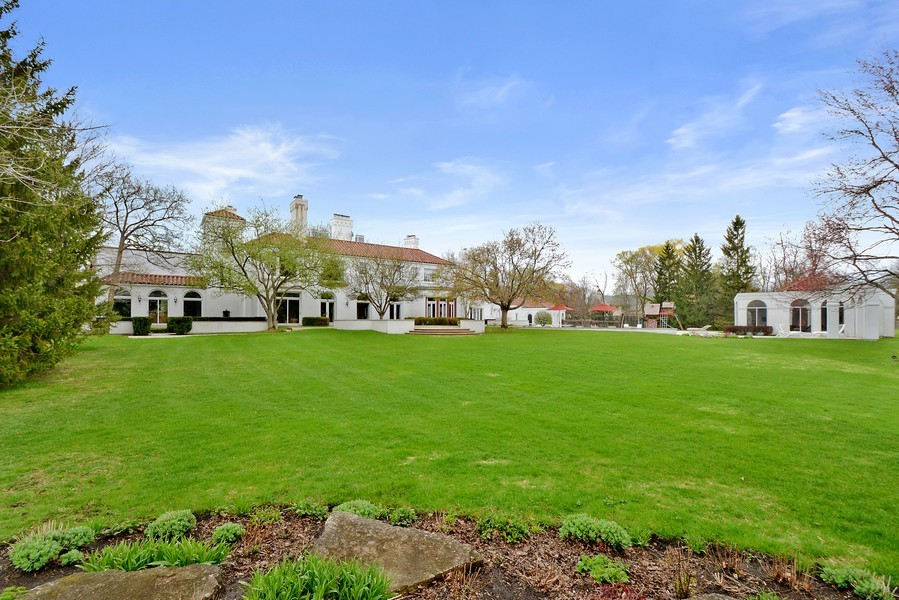 Real Estate Photography - 80 Locust Rd, Winnetka, IL, 60093 -