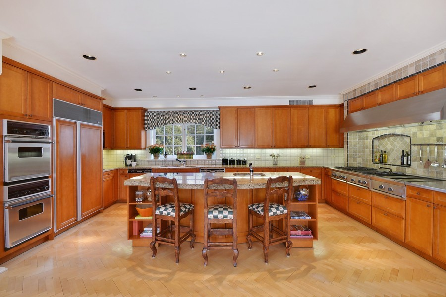 Real Estate Photography - 80 Locust Rd, Winnetka, IL, 60093 - Kitchen