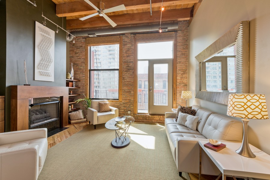 Real Estate Photography - 616 W Fulton, Unit 418, Chicago, IL, 60661 - Living Room