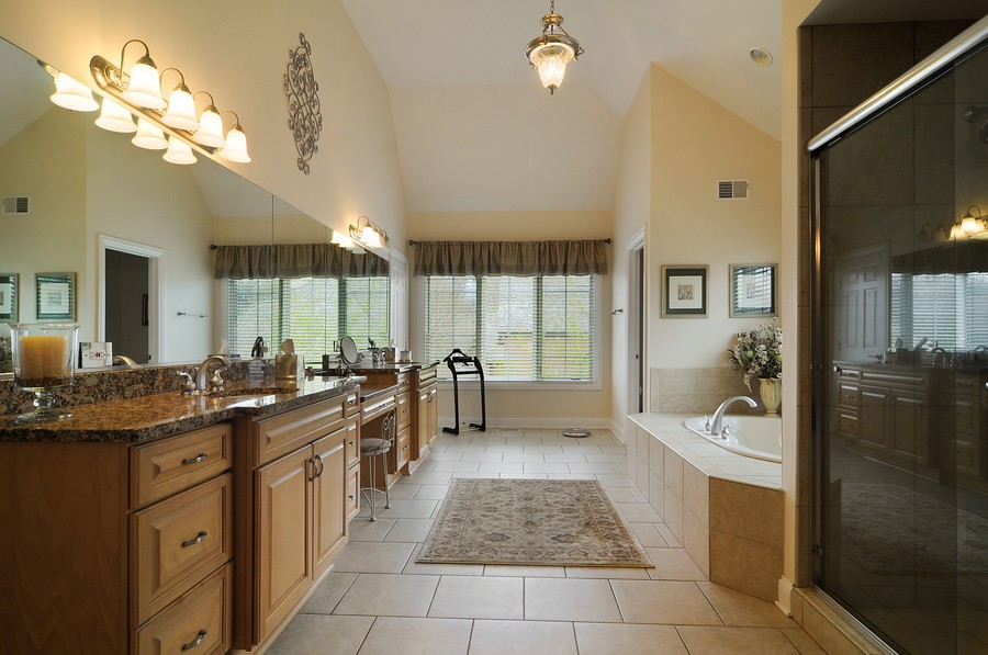 Real Estate Photography - 20843 W High Ridge Drive, Kildeer, IL, 60047 - Master Bathroom