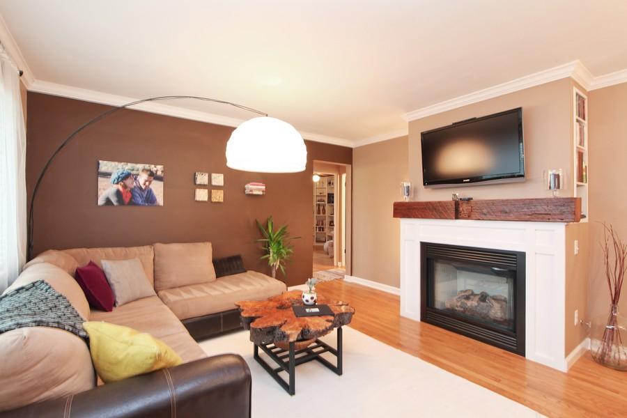 Real Estate Photography - 878 Fairfield, Elmhurst, IL, 60126 - Living Room