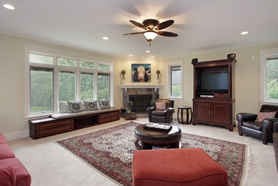Real Estate Photography - 815 Happ Rd, Northfield, IL, 60093 - Family Room