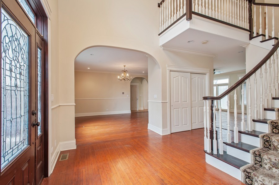 Real Estate Photography - 815 Happ Rd, Northfield, IL, 60093 - Foyer
