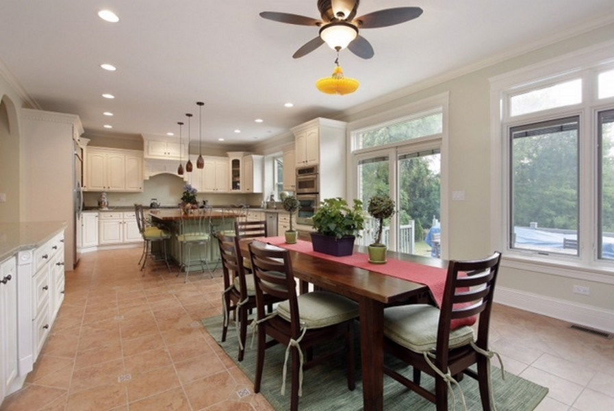 Real Estate Photography - 815 Happ Rd, Northfield, IL, 60093 - Kitchen / Dining Room