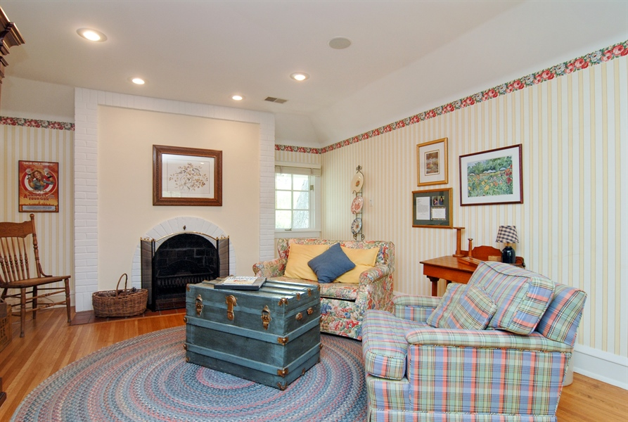 Real Estate Photography - 287 Cedar Ave., Highland Park, IL, 60035 - Location 1