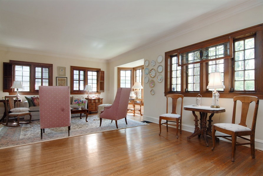 Real Estate Photography - 287 Cedar Ave., Highland Park, IL, 60035 - Location 6