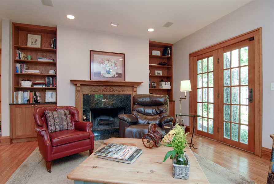 Real Estate Photography - 287 Cedar Ave., Highland Park, IL, 60035 - Location 9