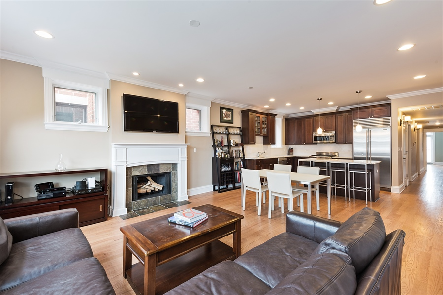 Real Estate Photography - 2708 N Lehmann Ct, Unit 4S, Chicago, IL, 60614 - Kitchen / Living Room