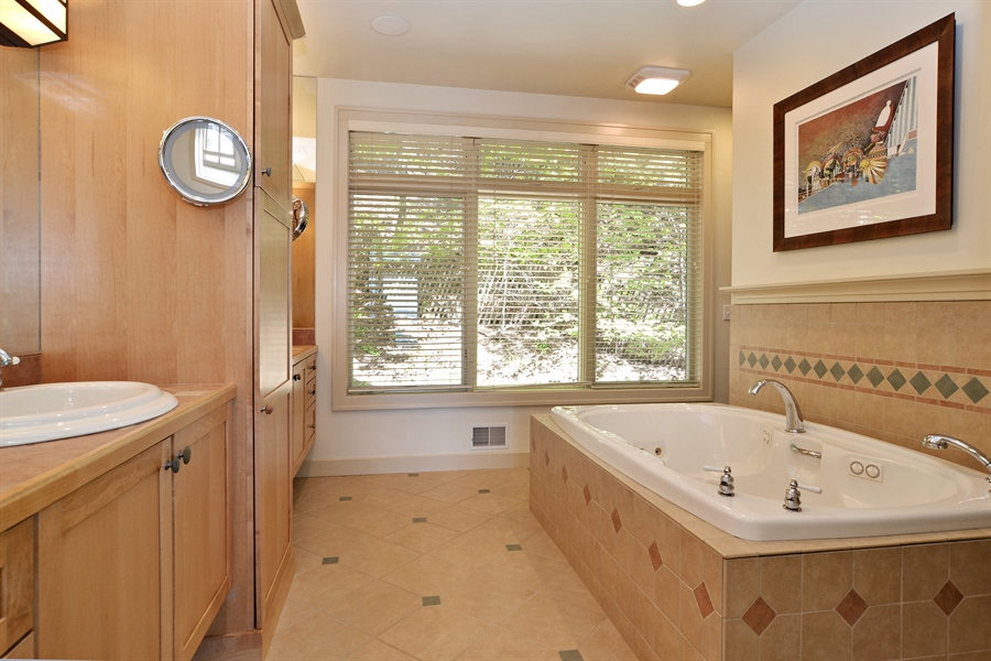 Real Estate Photography - 46064 Blue Star Hwy, Firelane 15, Coloma, MI, 49038 - Master Bathroom