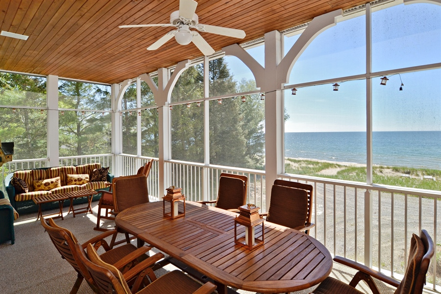 Real Estate Photography - 46064 Blue Star Hwy, Firelane 15, Coloma, MI, 49038 - Porch
