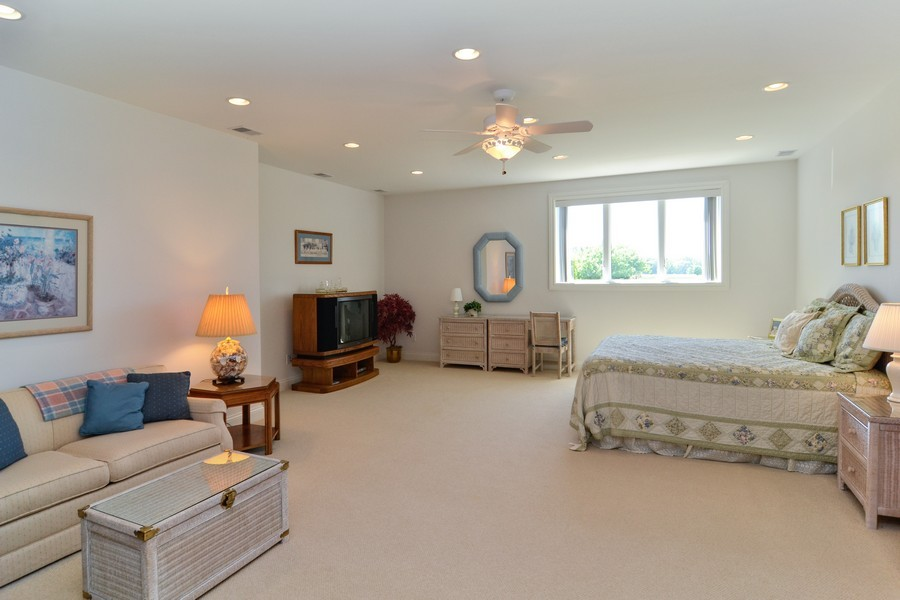 Real Estate Photography - 451 E 1000 N, La Porte, IN, 46350 - Guest Bedroom