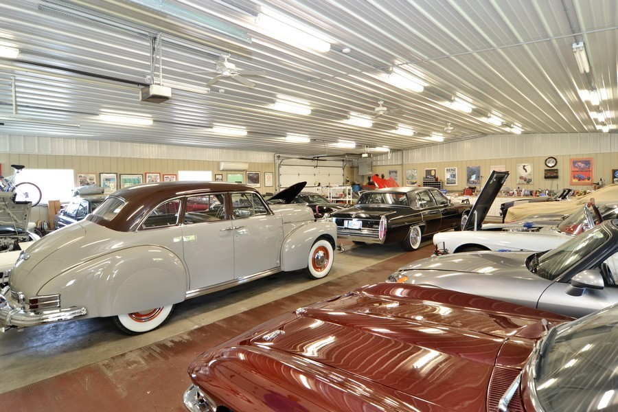 Real Estate Photography - 451 E 1000 N, La Porte, IN, 46350 - Collector's Garage