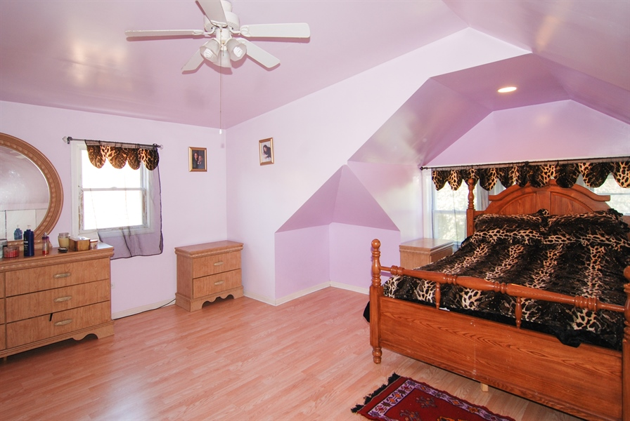 Real Estate Photography - 2219 Kenilworth, Berwyn, IL, 60402 - Master Bedroom