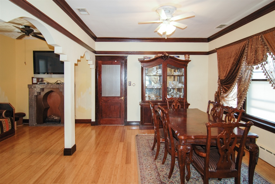 Real Estate Photography - 2219 Kenilworth, Berwyn, IL, 60402 - Dining Room