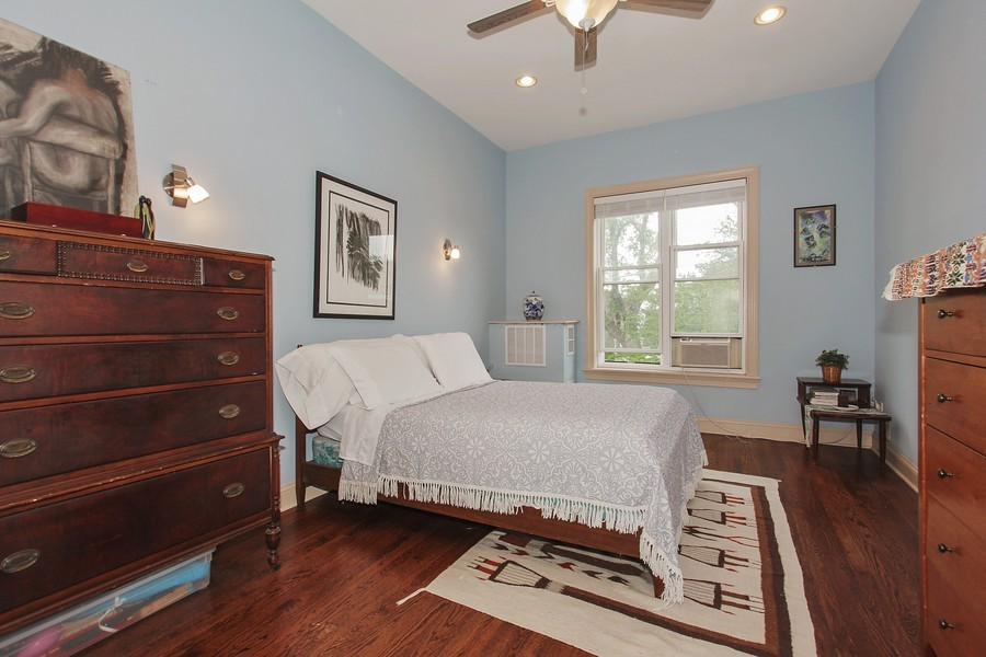 Real Estate Photography - 4822 S Dorchester, Chicago, IL, 60615 - Master Bedroom