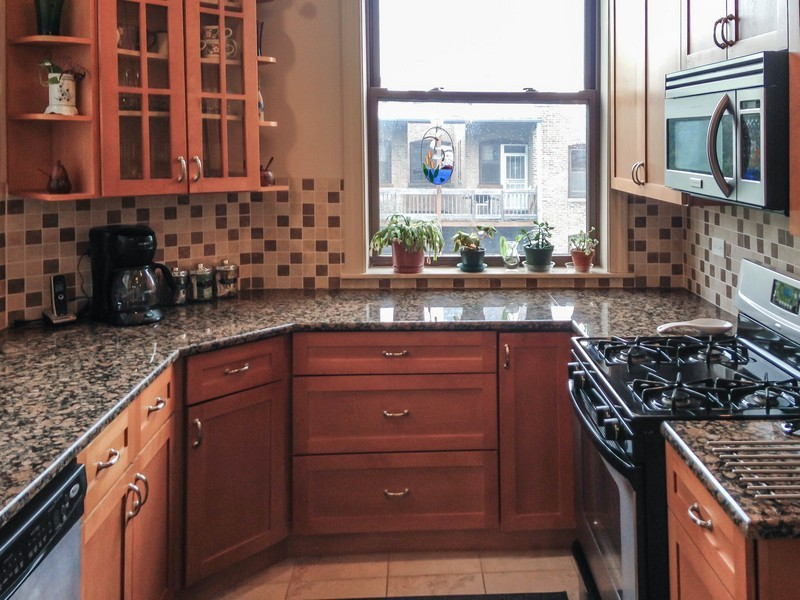 Real Estate Photography - 4822 S Dorchester, Chicago, IL, 60615 -