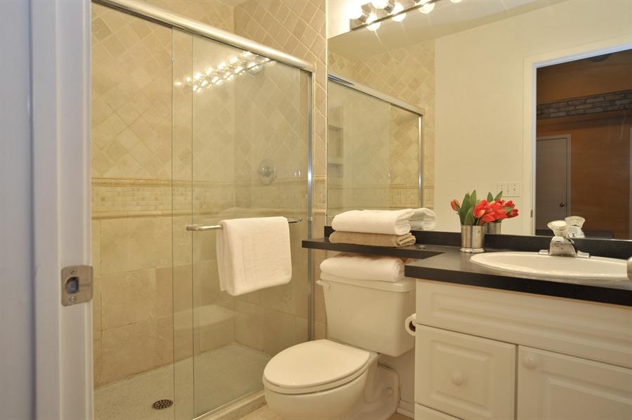 Real Estate Photography - 616 W Fulton, Unit 215, Chicago, IL, 60661 - Master Bathroom