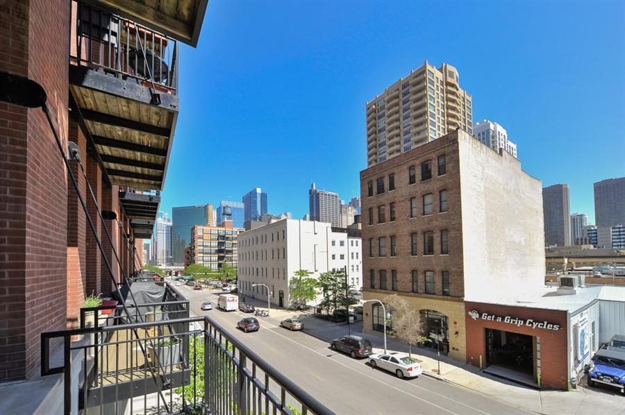 Real Estate Photography - 616 W Fulton, Unit 215, Chicago, IL, 60661 - View