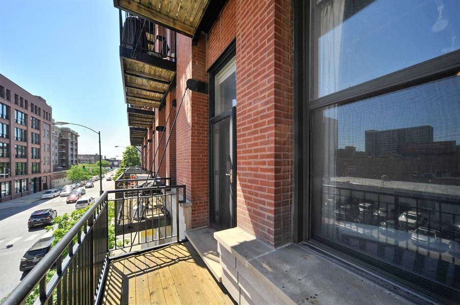 Real Estate Photography - 616 W Fulton, Unit 215, Chicago, IL, 60661 - Balcony