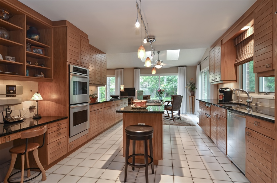 Real Estate Photography - 1060 Ridgewood, Highland Park, IL, 60035 - Kitchen