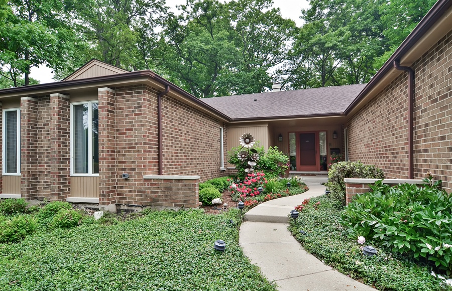 Real Estate Photography - 1060 Ridgewood, Highland Park, IL, 60035 - Front View