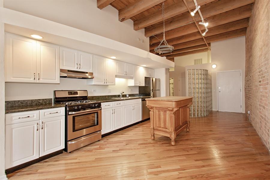 Real Estate Photography - 616 W Fulton Market, Unit 406, Chicago, IL, 60661 - Kitchen