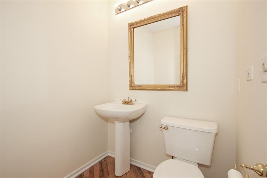 Real Estate Photography - 616 W Fulton Market, Unit 406, Chicago, IL, 60661 - Half Bath