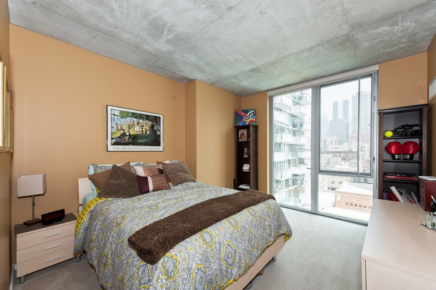 Real Estate Photography - 659 Randolph St, Unit 814, Chicago, IL, 60661 - Master Bedroom