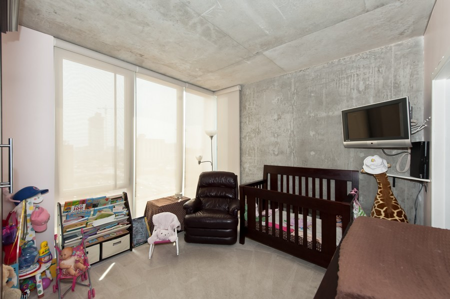 Real Estate Photography - 659 Randolph St, Unit 814, Chicago, IL, 60661 - 2nd Bedroom