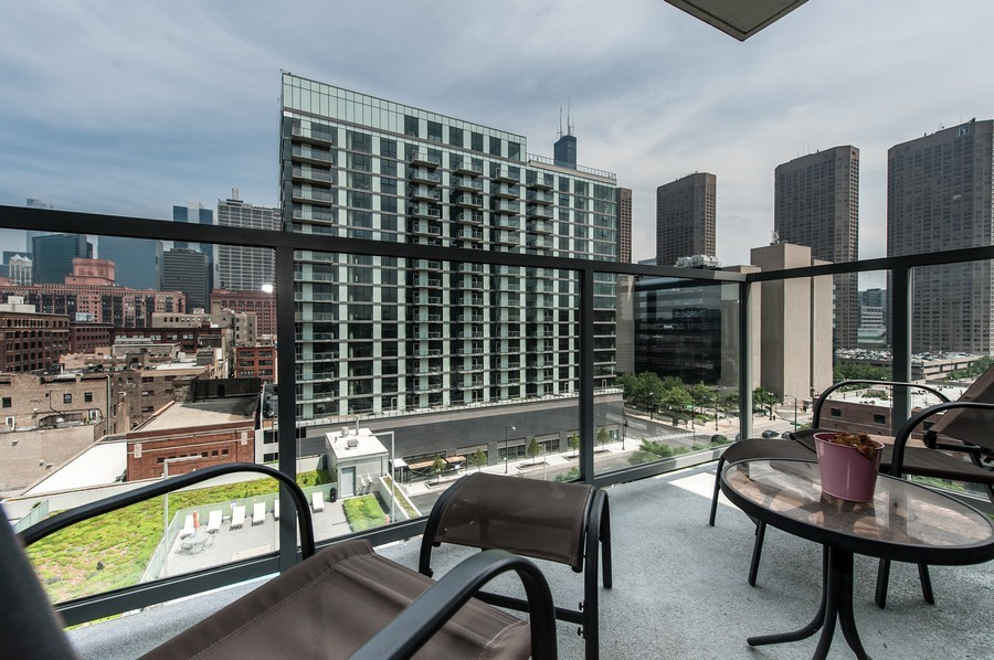 Real Estate Photography - 659 Randolph St, Unit 814, Chicago, IL, 60661 - Balcony