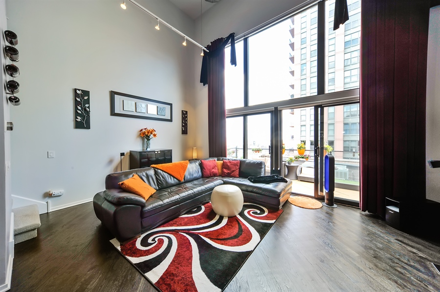 Real Estate Photography - 616 W Fulton, Unit 706, Chicago, IL, 60611 - Living Room