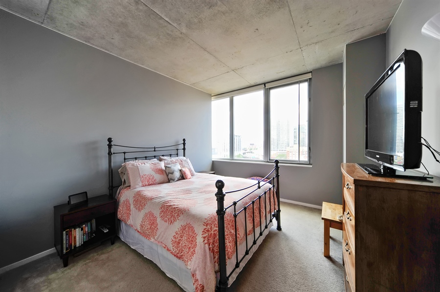 Real Estate Photography - 659 W Randolph, Unit 1007, Chicago, IL, 60661 - Master Bedroom