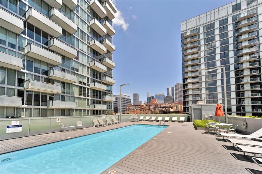 Real Estate Photography - 659 W Randolph, Unit 1007, Chicago, IL, 60661 - Pool