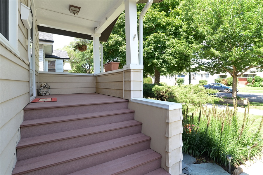 Real Estate Photography - 5531 W Grace St, Chicago, IL, 60641 - Porch