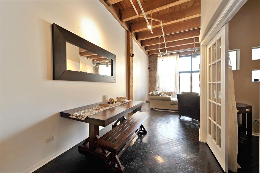 Real Estate Photography - 616 W Fulton, Unit 301, Chicago, IL, 60661 - Breakfast Area