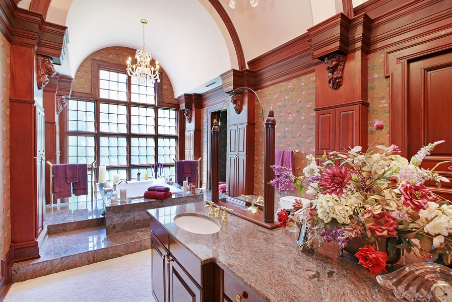 Real Estate Photography - 88 Otis Rd, Barrington Hills, IL, 60010 - Master Bathroom