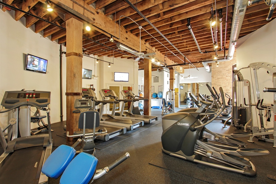 Real Estate Photography - 226 N Clinton, Unit 304, Chicago, IL, 60661 - Fitness Room