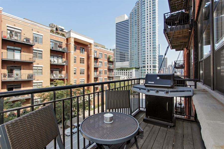 Real Estate Photography - 226 N Clinton, Unit 304, Chicago, IL, 60661 - Balcony
