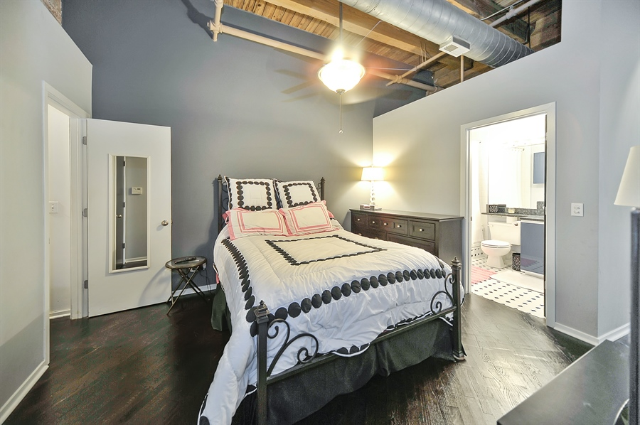 Real Estate Photography - 616 W Fulton, Unit 513, Chicago, IL, 60661 - Master Bedroom