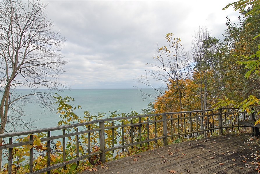 Real Estate Photography - 700 Arbor Drive, Lake Bluff, IL, 60044 - Overlook from steps to lake