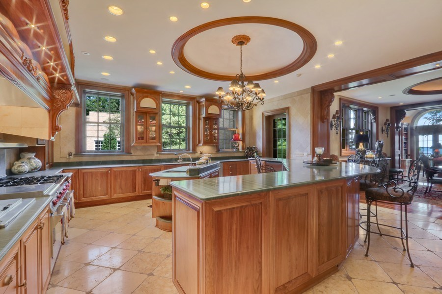 Real Estate Photography - 700 Arbor Drive, Lake Bluff, IL, 60044 - Kitchen