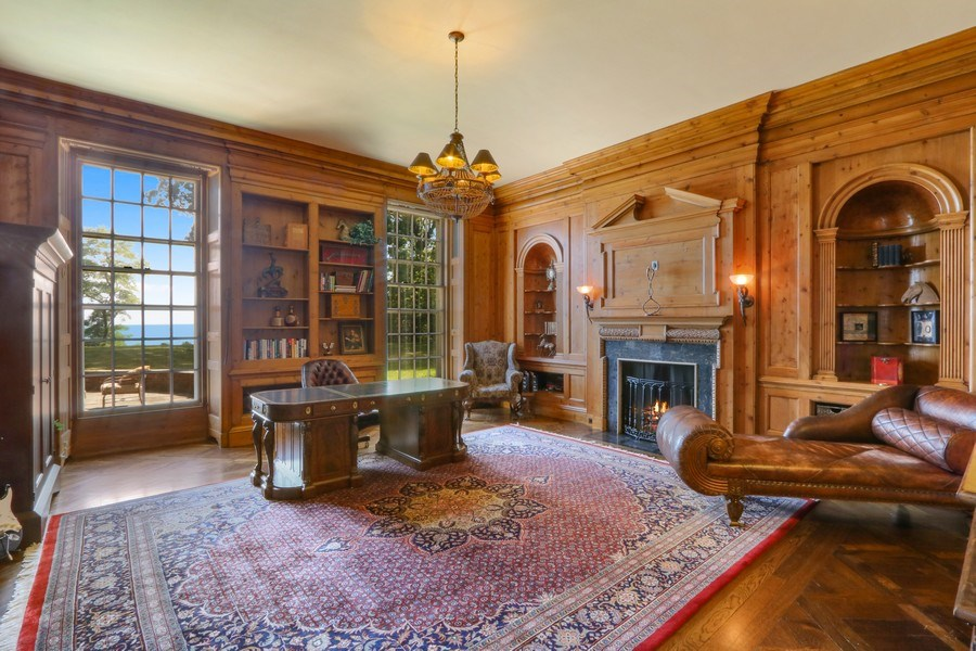 Real Estate Photography - 700 Arbor Drive, Lake Bluff, IL, 60044 - Library 1