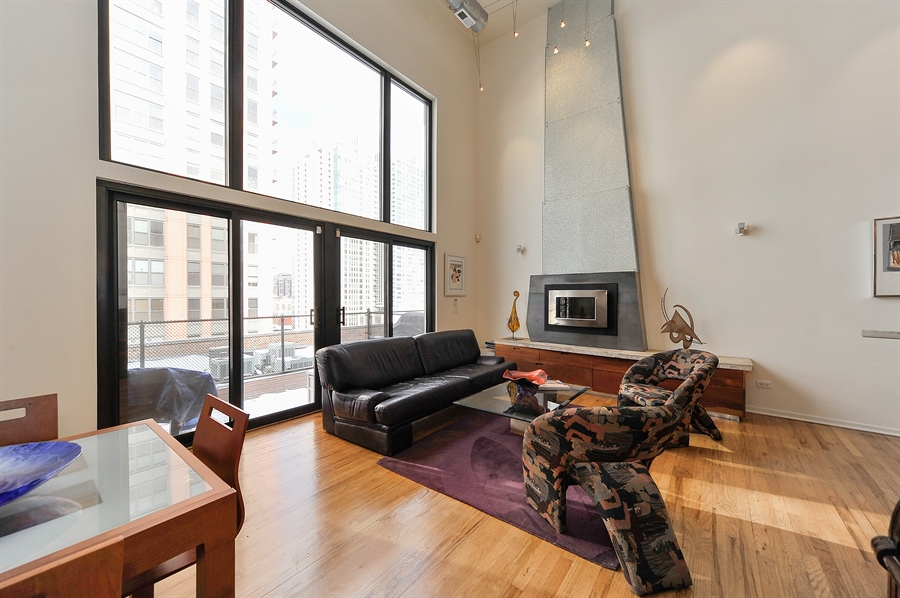 Real Estate Photography - 616 W Fulton, Unit 705, Chicago, IL, 60661 - Living Room
