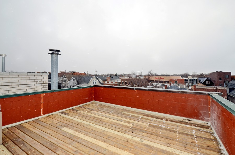Real Estate Photography - 3645 N Wayne, Unit C, Chicago, IL, 60613 - Roof Deck