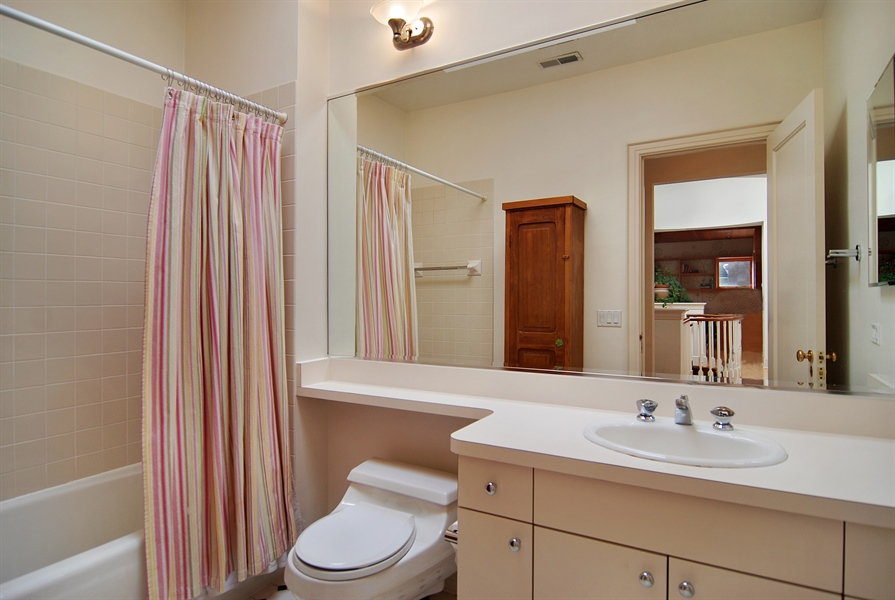 Real Estate Photography - 2136 N Magnolia, Chicago, IL, 60614 - 3rd Bathroom