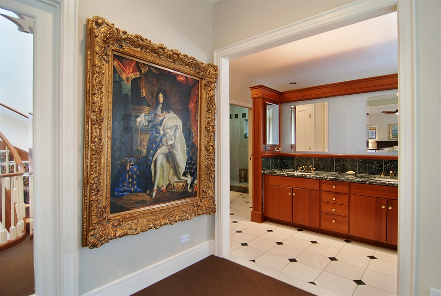 Real Estate Photography - 2136 N Magnolia, Chicago, IL, 60614 - Master Bathroom